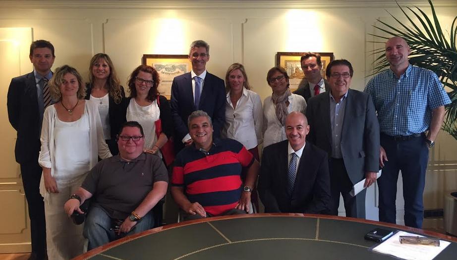 Ibercaja colaborar con 6 asociaciones valencianas for Ibercaja valencia oficinas