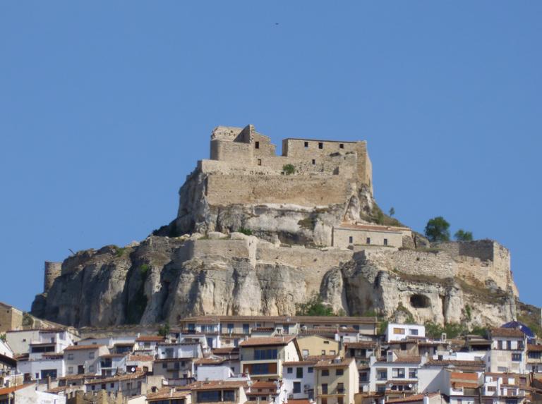 10 castillos dignos de 39 juego de tronos 39 cultur plaza for Oficina turismo morella