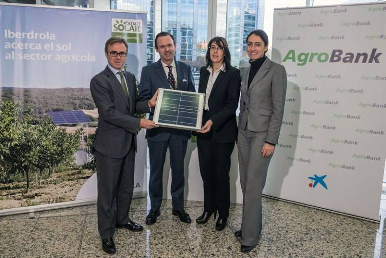 Iberdrola alcanza un acuerdo con caixabank para for Oficina iberdrola madrid