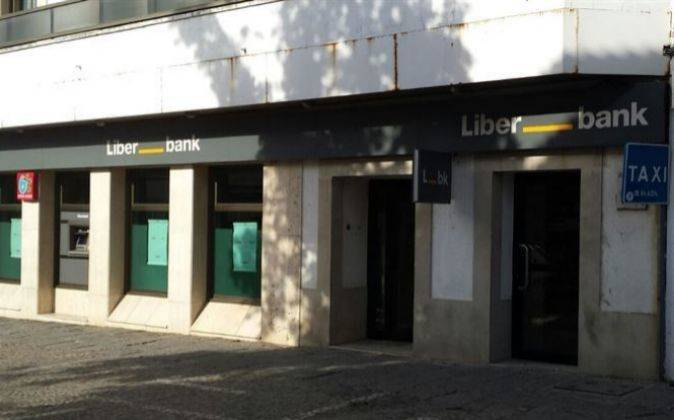Los masaveu se refuerzan en una liberbank con el pr stamo for Oficinas liberbank valencia