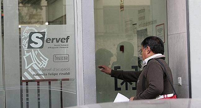 Las corts piden al consell alternativas para la for Oficinas servef valencia