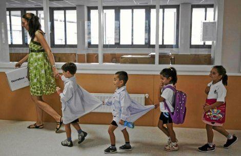 Familias se inscriben para que sus hijos formen - Empresas de comedores escolares valencia ...