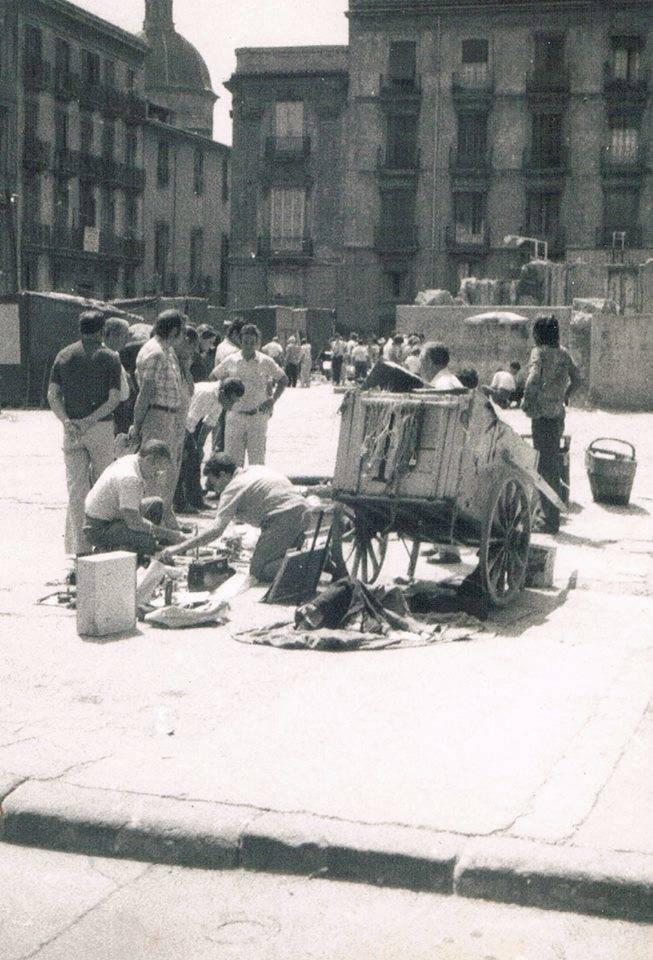 Rastros y mercadillos de arte por el mundo a la b squeda - Mercadillo antiguedades madrid ...