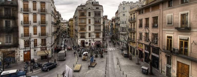 Aumsa anuncia la venta de viviendas en dos edificios del for Piscina el carmen valencia