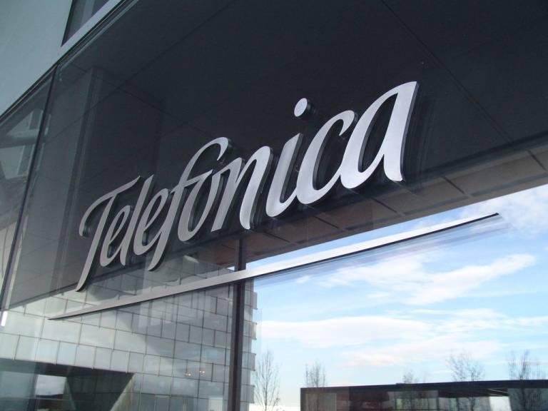 Telef nica tiene el list n en los 9 70 euros valencia plaza for Guia telefonica malaga