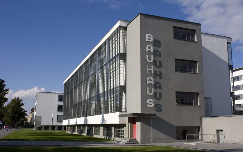 Dessau y la habitaci n de kandinsky cultur plaza - Bauhaus estufas de lena ...