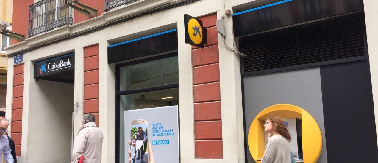 Caixabank elimina la marca banco de valencia valencia plaza for Oficinas barclays valencia