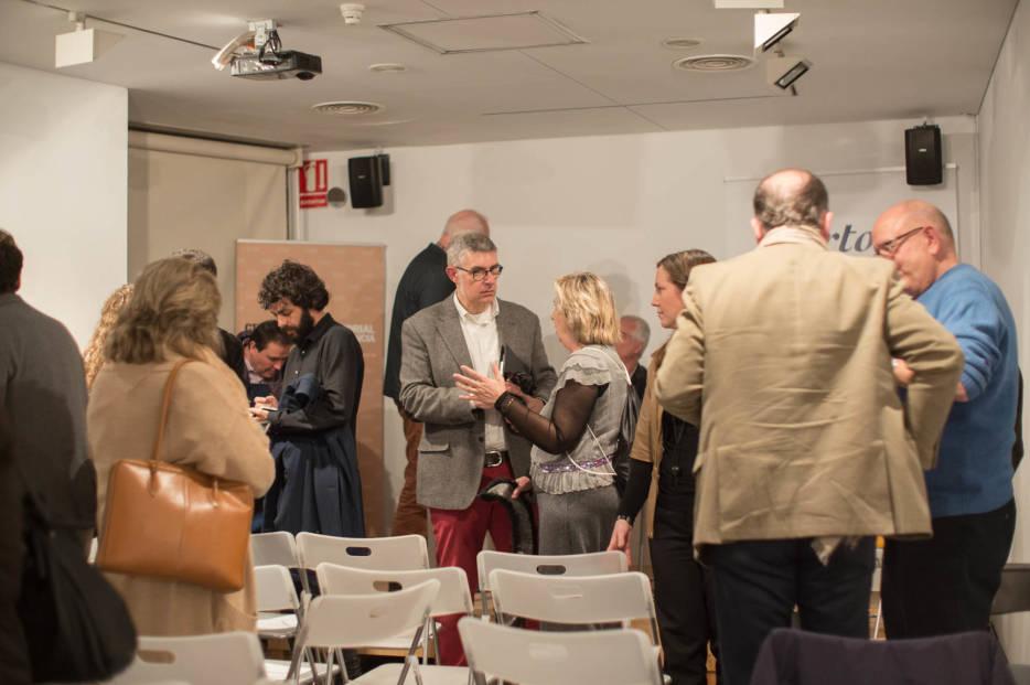 Fotogaler a debate sobre urbanismo en el colegio de - Arquitectos en valencia ...