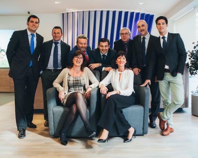 Deutsche bank fusiona sus dos oficinas en elche valencia for Oficinas de deutsche bank