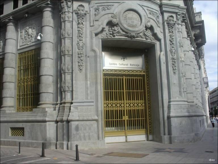 Bankia cierra la primera oficina de bancaja ubicada en el for Caja murcia valencia oficinas