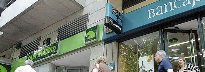 El frob env a a la fiscal a diez operaciones de bancaja y for Inmobiliaria bancaja