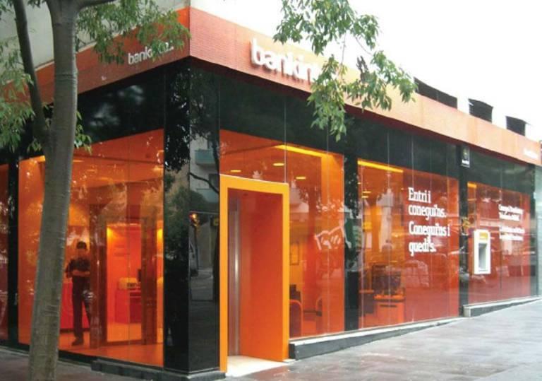 Bankinter s a los 39 cocos 39 no a los despidos y cierres for Oficinas banco sabadell valencia