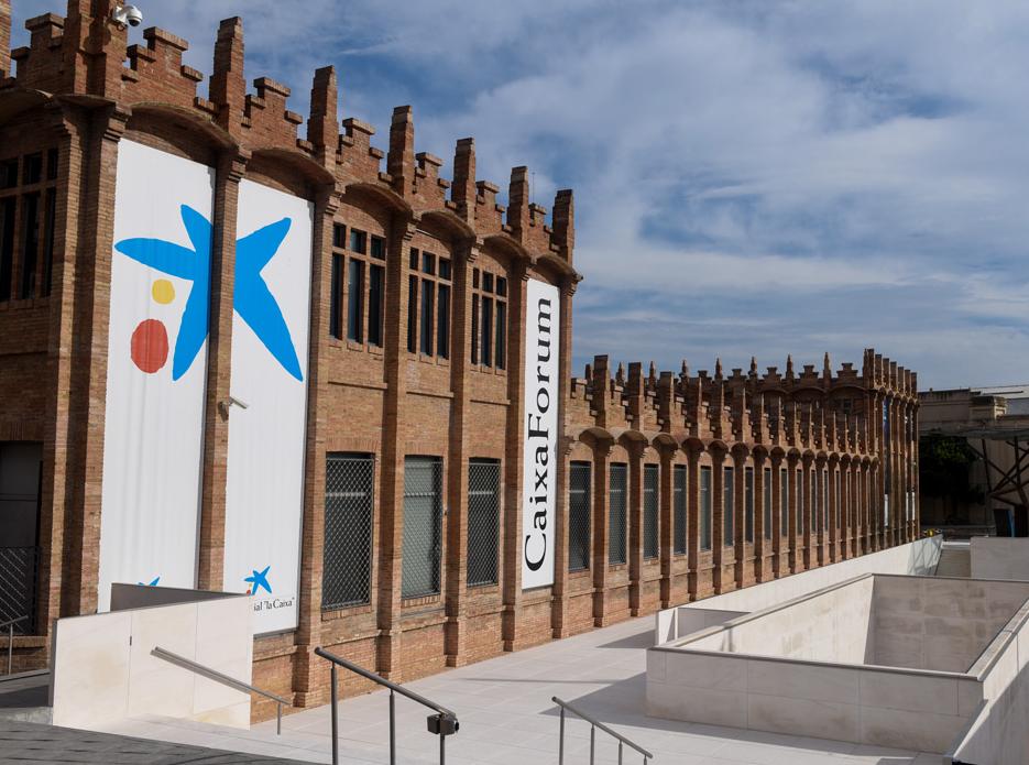 El caixaforum valenciano en estado embrionario cultur for Oficinas la caixa valencia capital