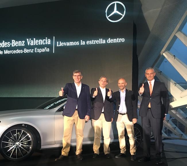 Plaza motor mercedes benz valencia presenta en l for Mercedes benz valencia