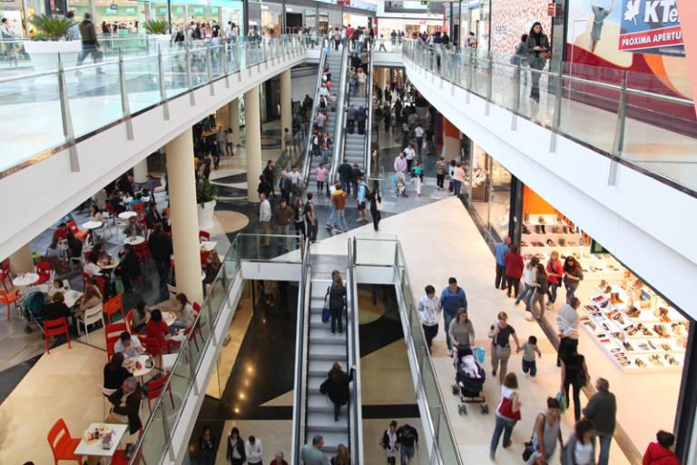 Tiendas Y Centros Comerciales Que Abren Este Domingo En Valencia