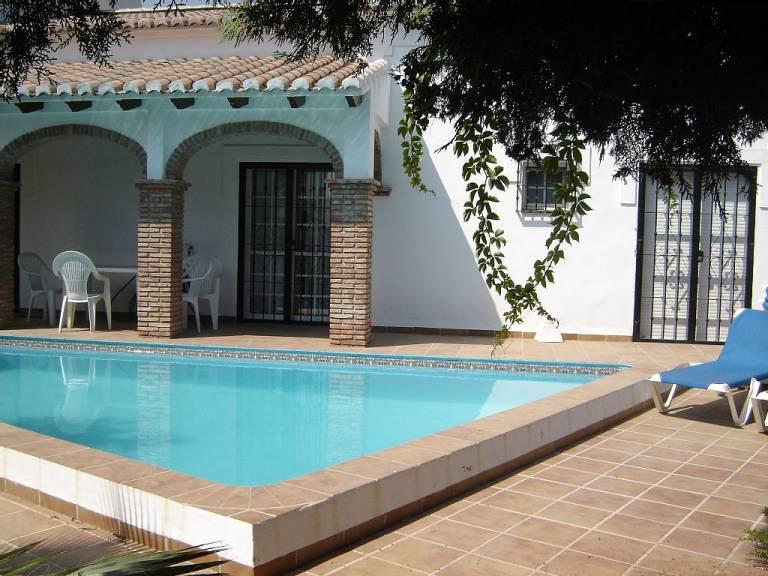 El 56 de los ahogamientos infantiles ocurren en piscinas - Piscinas municipales en valencia ...