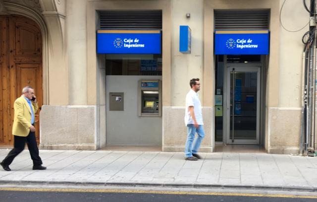 Gonzalo gregori caja de ingenieros actualmente no for Iberdrola oficinas valencia