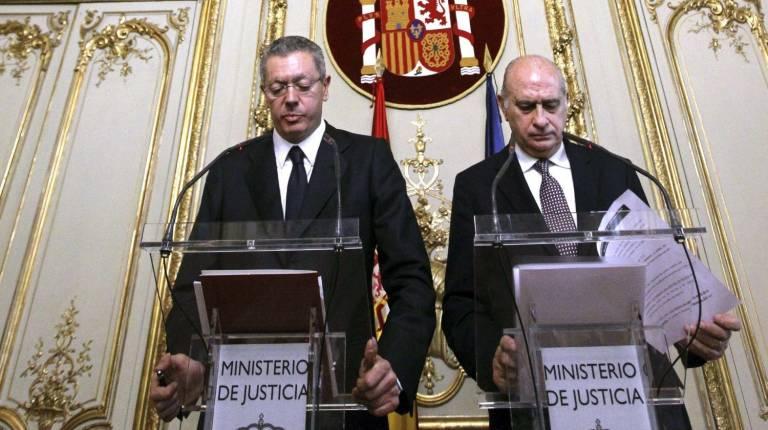 Opini nvp trileros por j r segu valencia plaza for Nombre del ministro de interior y justicia 2016