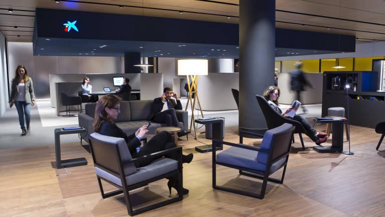 Caixabank concede m s de millones de euros a las for Oficina 2100 caixabank