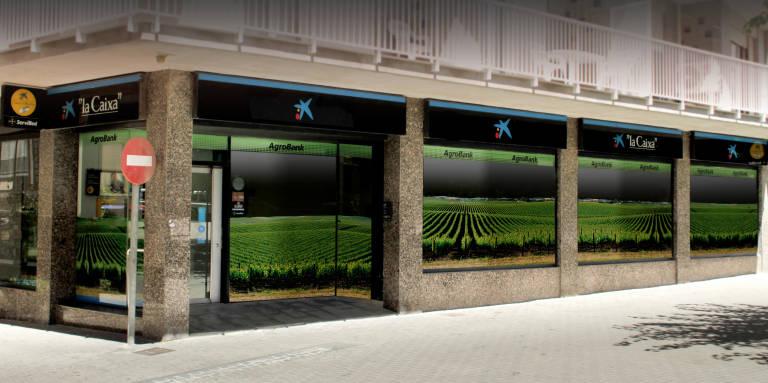 El negocio agrario de caixabank crece un 11 4 con for Oficinas caixabank valencia