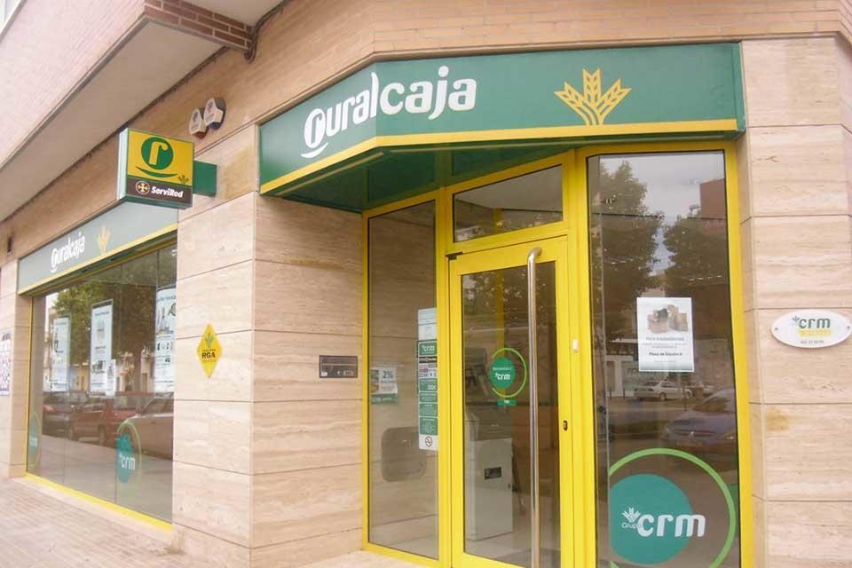 Siete de cada 10 oficinas de las cajas rurales valencianas for Oficinas de caja rural en madrid
