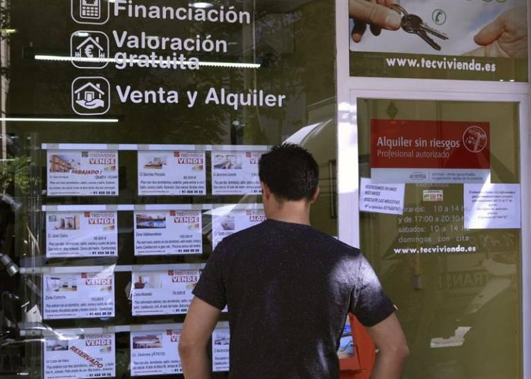 Servihabitat participada por caixabank tambi n muda su for Oficinas liberbank barcelona