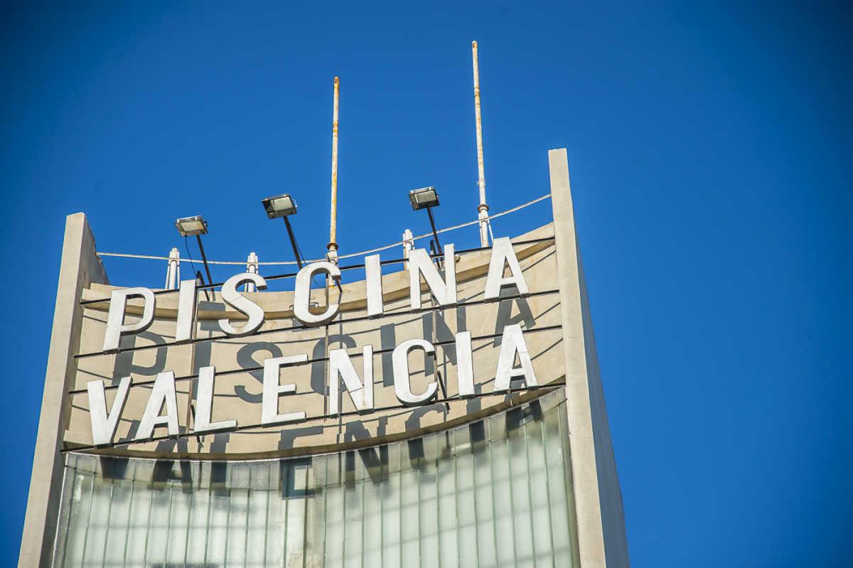 La recuperaci n de piscina valencia se atrasa a 2019 for Piscina de valencia alameda