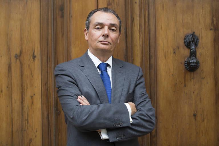 As ser la nueva patronal auton mica valenciana for Salvador navarro