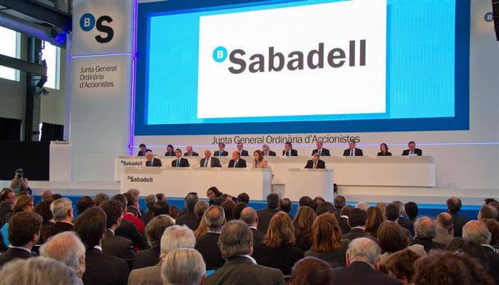 El banco sabadell celebrar sus juntas de accionistas en for Oficinas sabadell cam en valencia