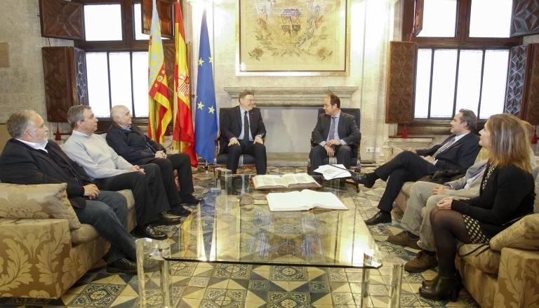 Colegio de notarios barcelona elegant saln de actos del - Notarios en barcelona ...