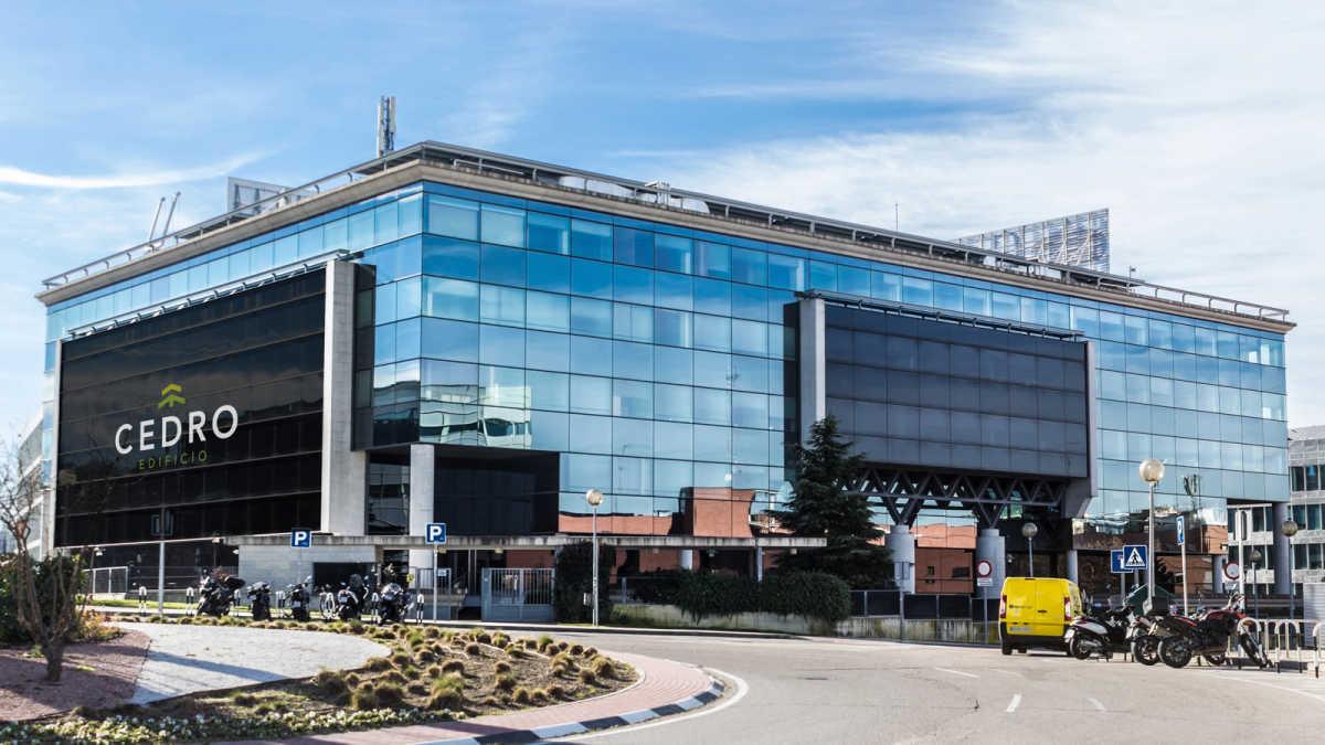 Axiare patrimonio paga 43 5 millones de euros por la sede for Santander oficinas valencia