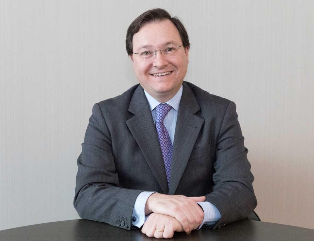 Banco alcal abre oficina en valencia y se refuerza con for Oficinas banco sabadell valencia