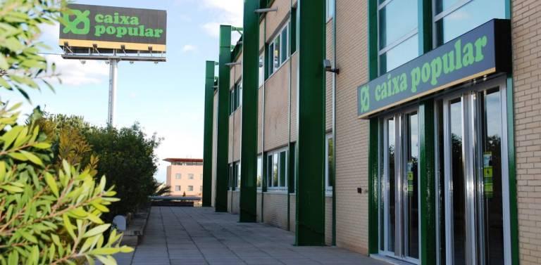 Caixa popular gana un 29 m s y lanza su nueva oficina for Oficinas la caixa valencia capital