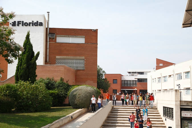 Cuatro estudiantes valencianos desarrollan una app contra el alzheimer valencia plaza - Casa de los caramelos valencia ...