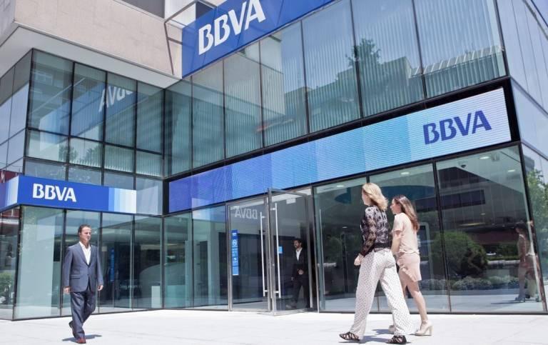 Bbva bajar la persiana en 130 sucursales de aqu a for Sucursales banco espana