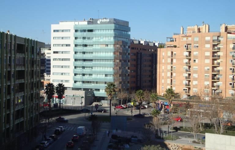 La inversi n inmobiliaria ascendi a 500 millones en la for Oficina de extranjeros valencia