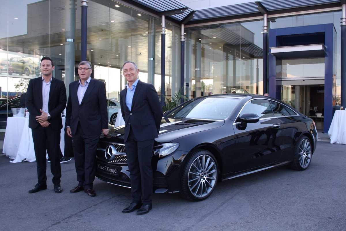 Plaza motor mercedes benz valencia pone en escena el for Mercedes benz valencia