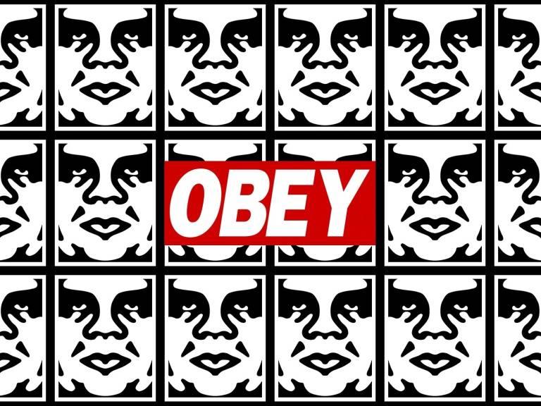 Resultado de imagen de el del graffiti. Los icónicos rótulos con la palabra OBEY funcionaron como inspiración directa paraShepard Fairey
