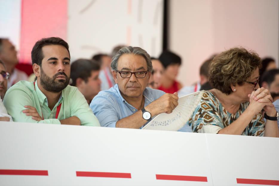 Jose Muñoz, Manolo Mata y Juana Serna. Foto: RAFA MOLINA