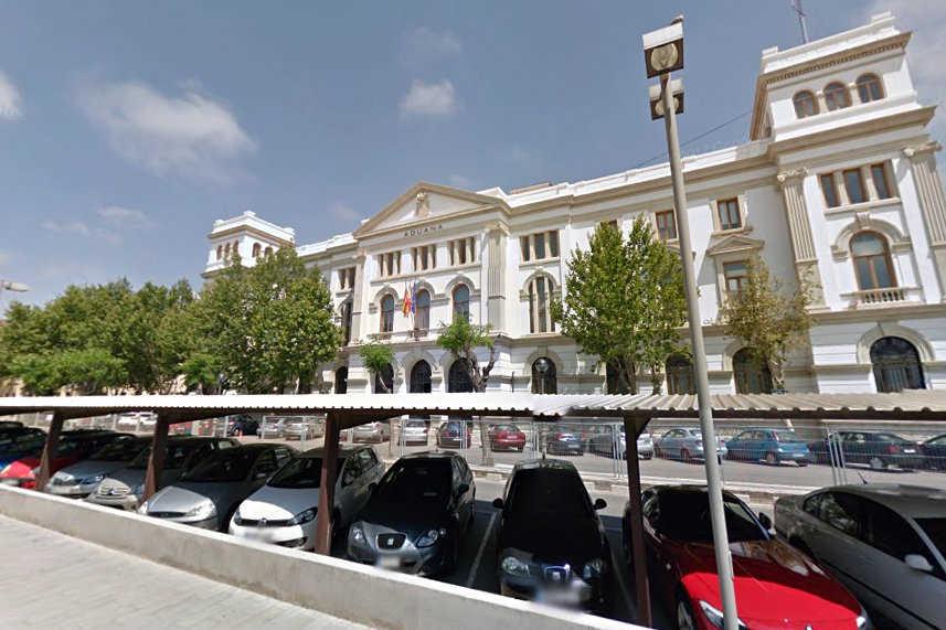La sede de la agencia tributaria en la aduana tambi n ser for Oficinas de agencia tributaria en barcelona