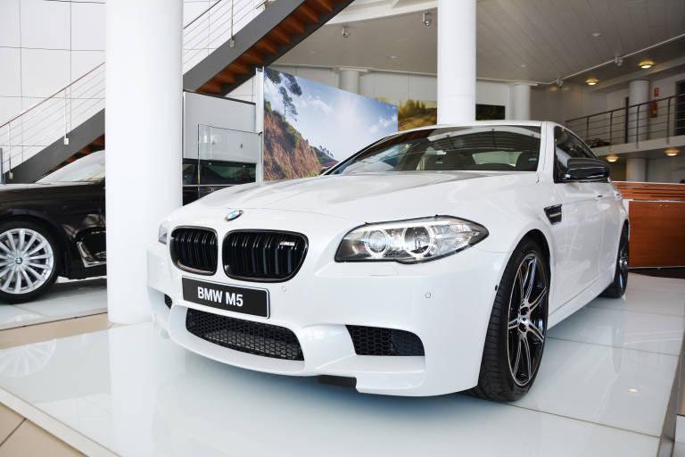 Plaza Motor Bertol N Recibe Un Exclusivo Bmw M5