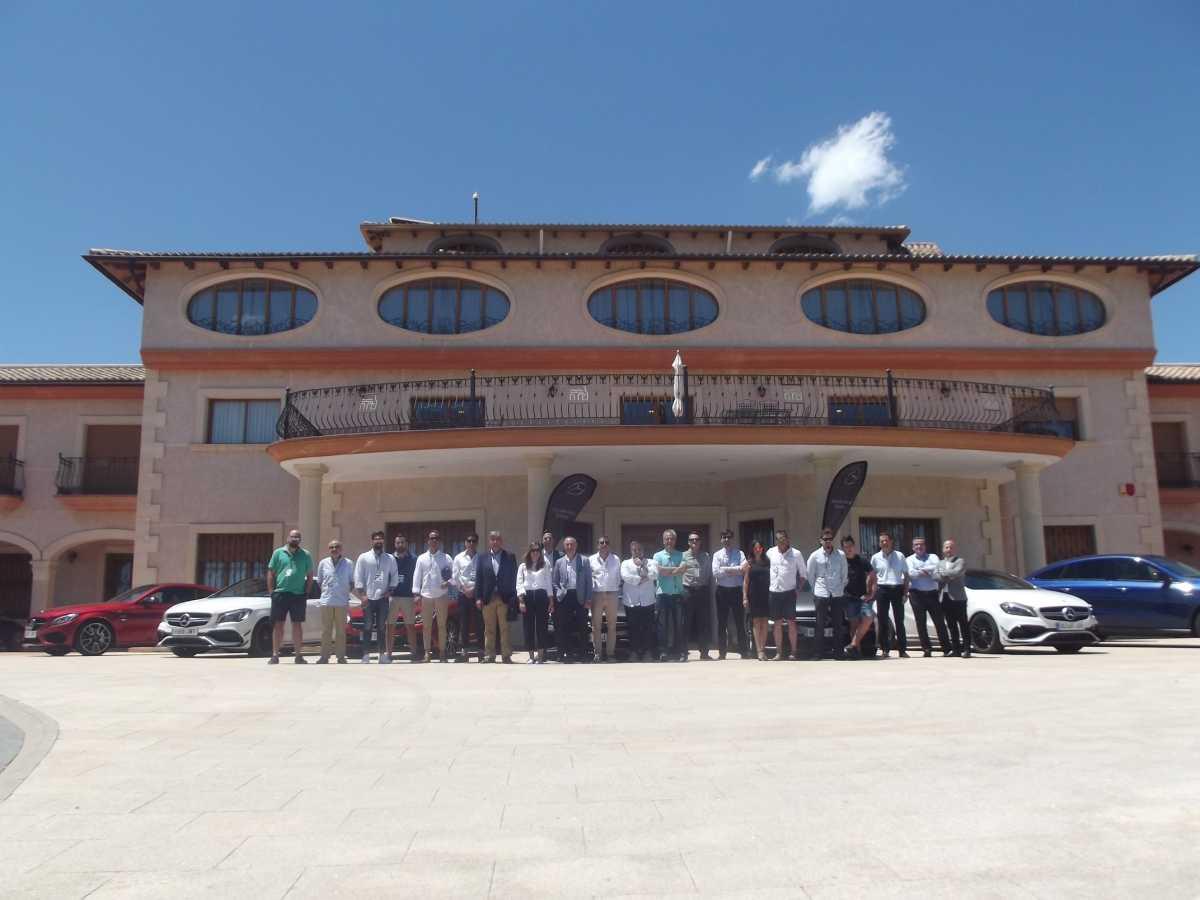 Plaza Motor Caravana Amg En Mercedes Benz Valencia