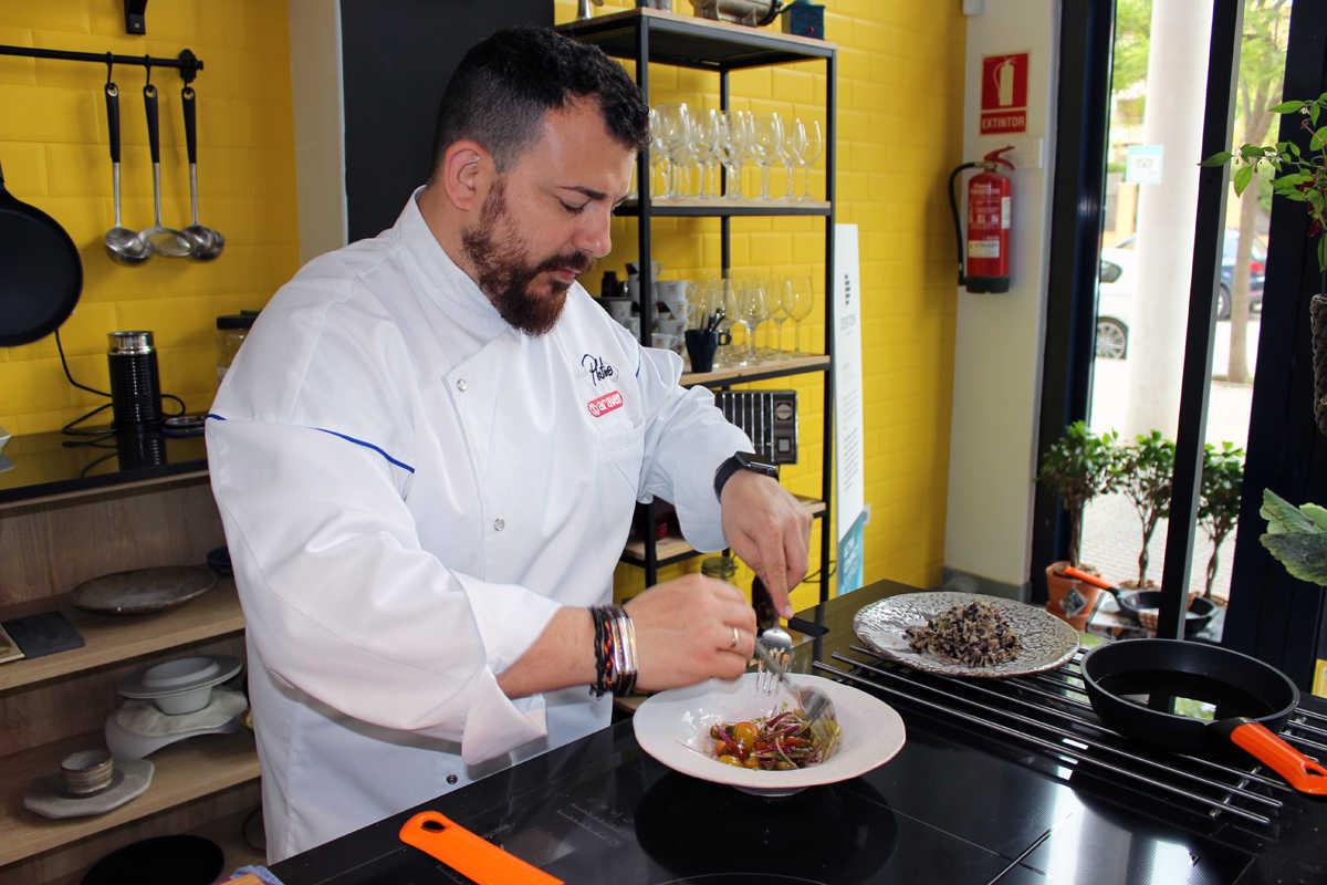 Platero convierte su food studio en una braser a gu a - Cursos de cocina en valencia gratis ...