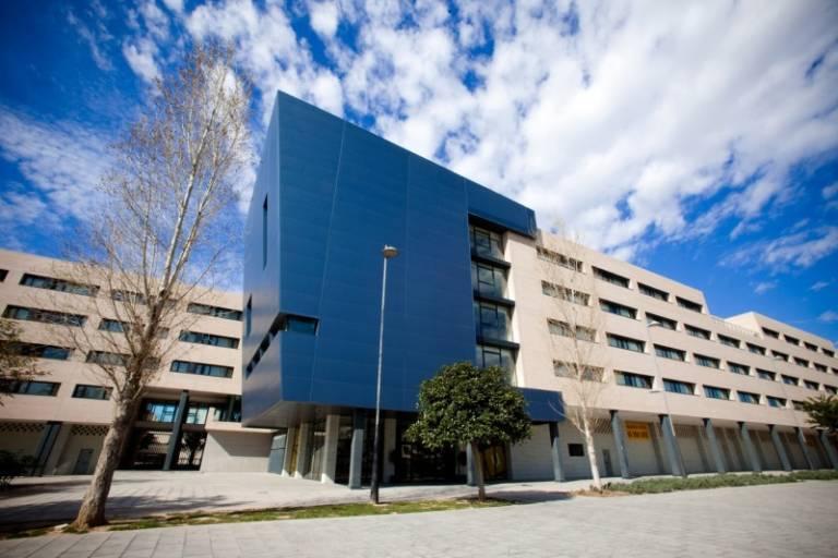 La villa universitaria sale a subasta por 19 6 millones for Villas universitarias