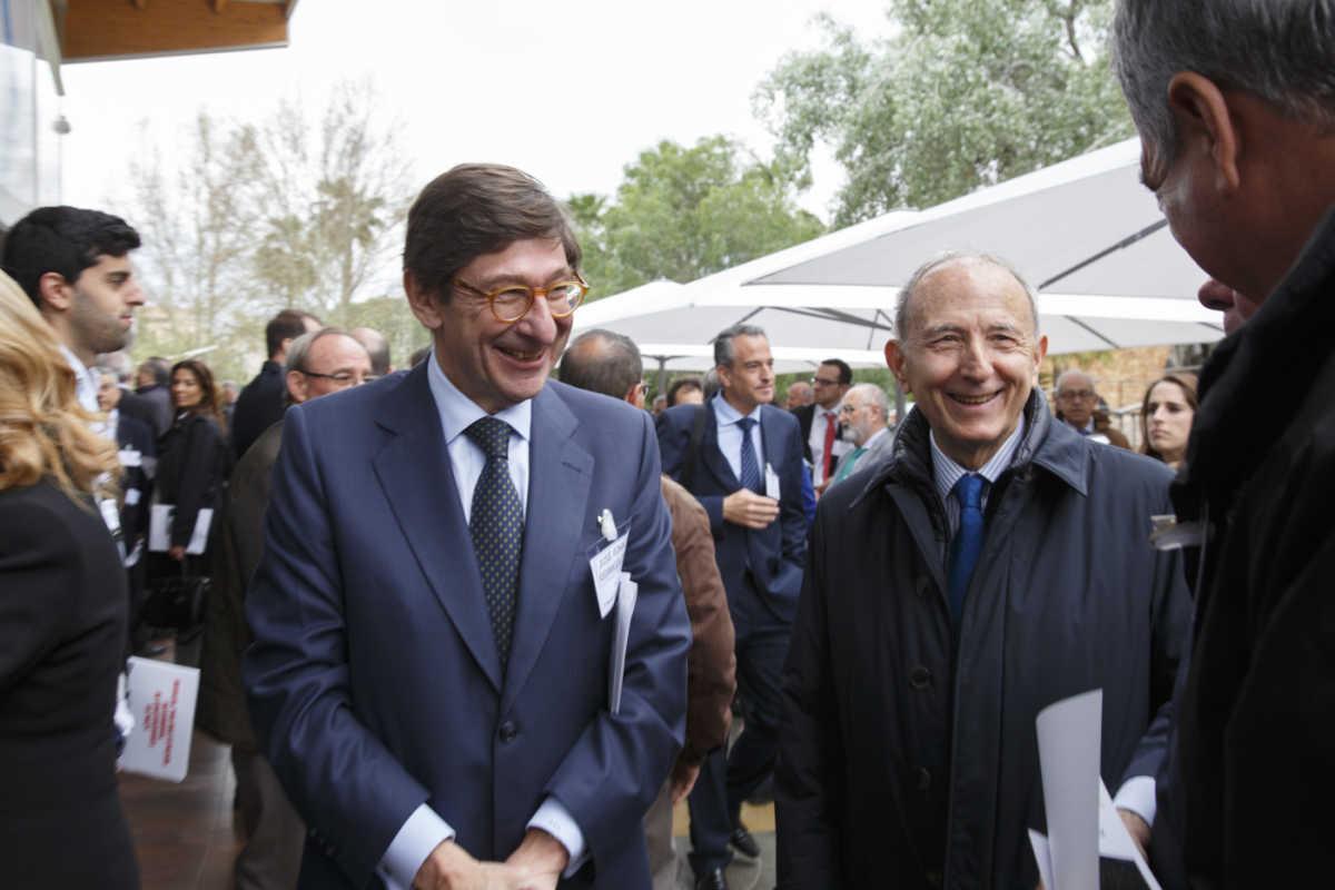 Con el presidente de Bankia, en Murcia, en un acto a favor del Corredor Mediterráneo. Foto: PEPE OLIVARES
