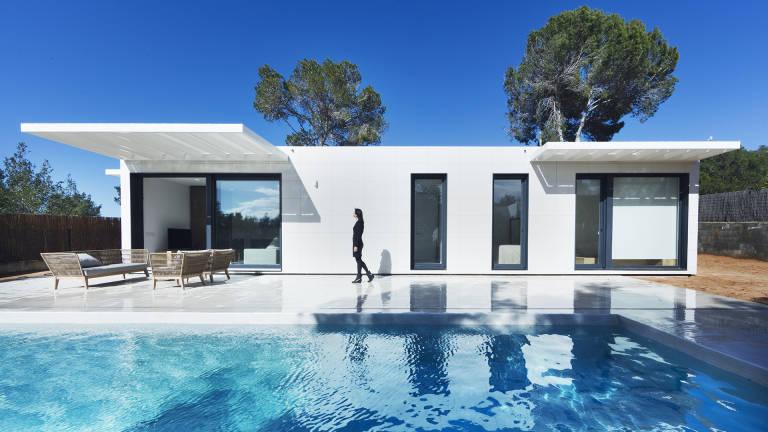 Casas inhaus la compa a valenciana que triunfa con sus casas prefabricadas de lujo valencia - Casas prefabricadas low cost ...