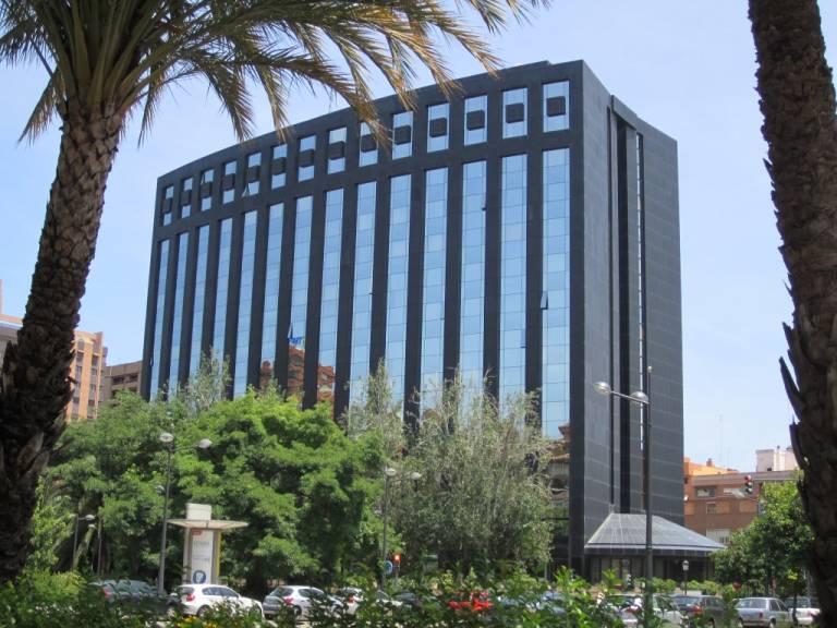 Inmoglaciar promotora de cerberus abre oficina en for Valencia cf oficinas