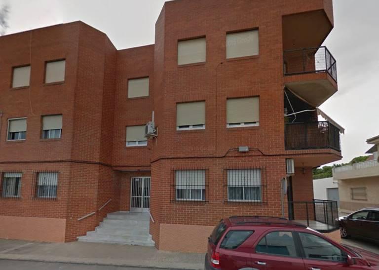 Cajamar pone a la venta inmuebles rebajados en la for Cajamar valencia oficinas