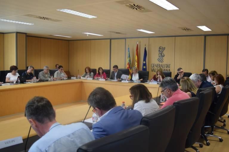 Ccoo exige al consell una jornada de 35 horas para los for Mesa funcion publica