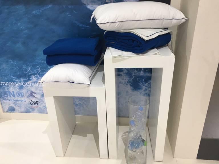 Vayoil presenta la primera colecci n de textiles desarrollada con fibras de pl stico reciclado - Textiles para hosteleria ...